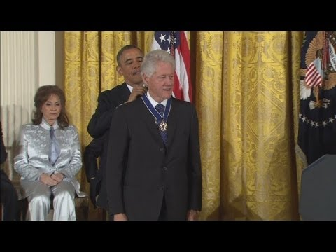 Obama awards US Medal of Freedom to Bill Clinton and Oprah Winfrey at JFK memorial event