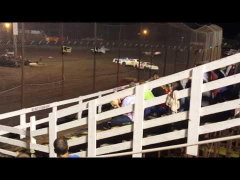 Macon Speedway feature Aug 21 16