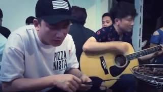 """PHAN MẠNH QUỲNH hát live tại quán nhậu """"KHI PHẢI QUÊN ĐI"""" - GUITAR ACOUSTIC COVER - đệm hát"""