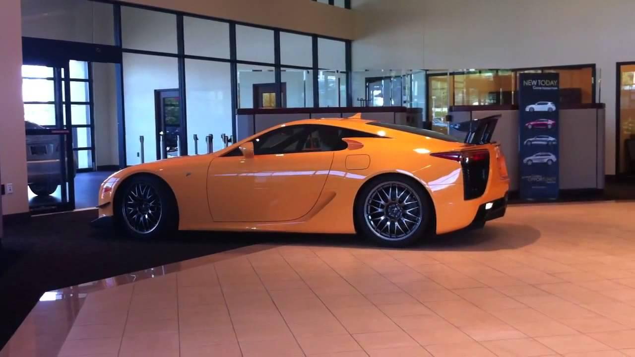 Balise Lexus Lfa Nurburgring Edition Pulling Into Showroom Youtube