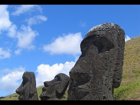 The language of Easter Island Decoded