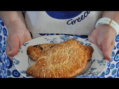 Greek individual Cheese Pies with Kourou Dough – Κασερόπιτες Ατομικές με ζύμη Κουρού