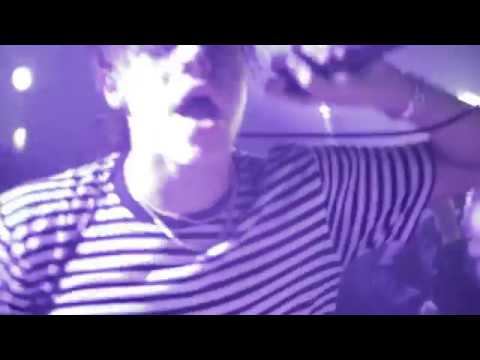 "YUNGBLUD - ""Tin Pan Boy"" - Live At Ham On Everything"
