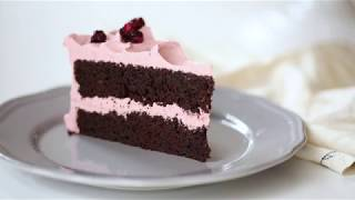 How to Make a Chocolate Cherry Layer Cake