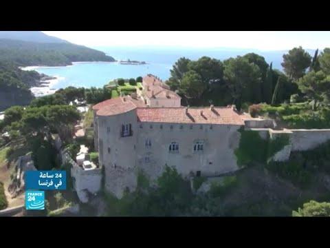 جدل بسبب طلب ماكرون إقامة مسبح في المقر الصيفي للرؤساء الفرنسيين  - نشر قبل 3 ساعة
