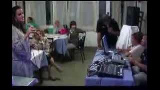 QdK Karaoke Maria teresa canta LA DONNA CANNONE