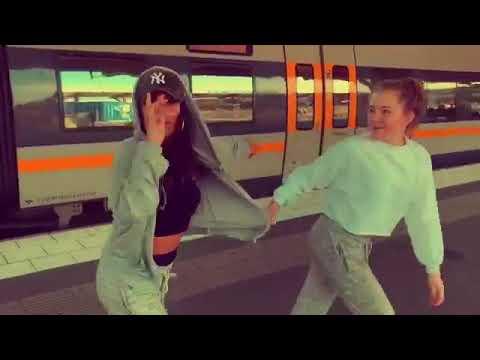 حاله واتس رقص علي اغنيه بم بم تم تم Bum Bum Tam Tam