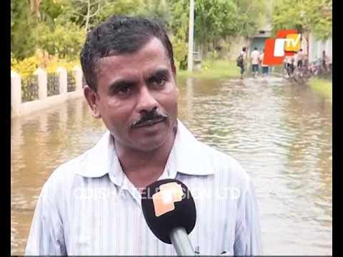 Sewerage water flows on roads in Balasore