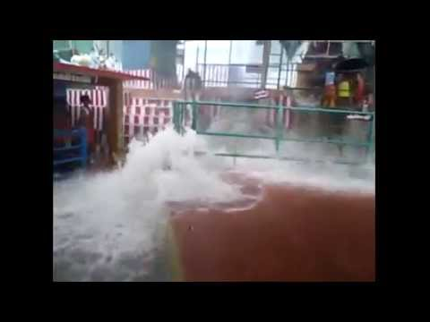 Sathuragiri Flood - சதுரகிரி மலையில் வெள்ளம்.