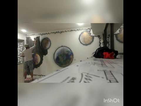 Покраска стены подвала газовым балончиком