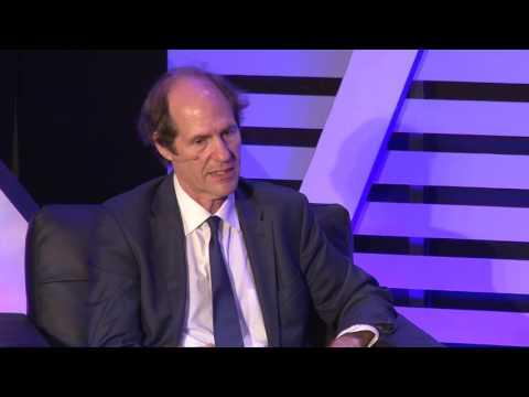 Academics Are Clueless | Cass Sunstein | CWT Shorts