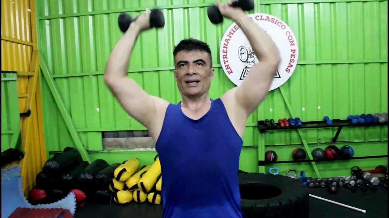 rutina hombro y brazo gym