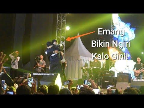 Wow! Nissa Sabyan duet bareng fans - Kun Anta | Sabyan Gambus Live Jateng Fair Semarang