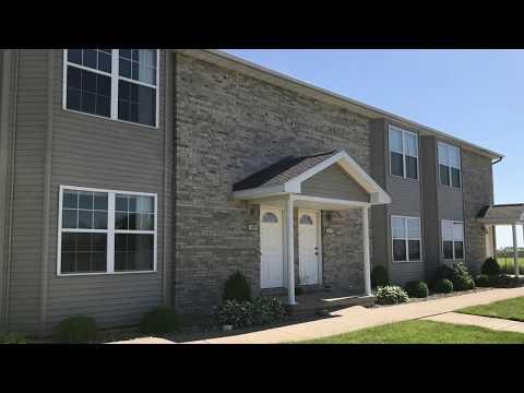 500 Place – 3 Bedroom Townhouse Tour (Deer Creek, Illinois) - BRT Property Management