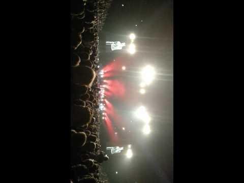 Die Toten Hosen - Schade wie kann das passieren (Lanxess-Arena Köln, 17.11.2012)