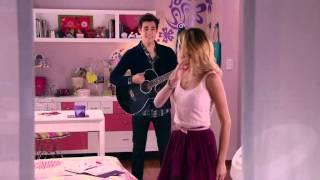 """Violetta 3 : Momento Musical: León y Violetta cantan """"Amor en el Aire"""" - Violetta"""