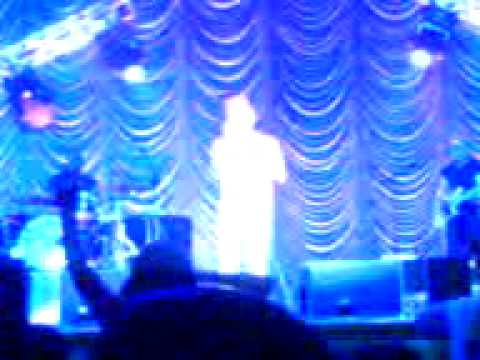 Leon Jackson singing All In Good Time at The Music Hall in Aberdeen