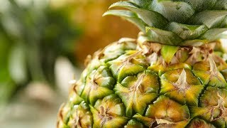 How to Make: Preparing a Pineapple