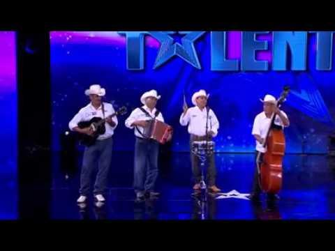 México tiene talento, Norteño canta: have you ever seen the rain.