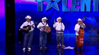 México tiene talento, Norteño canta: have you ever seen the rain.