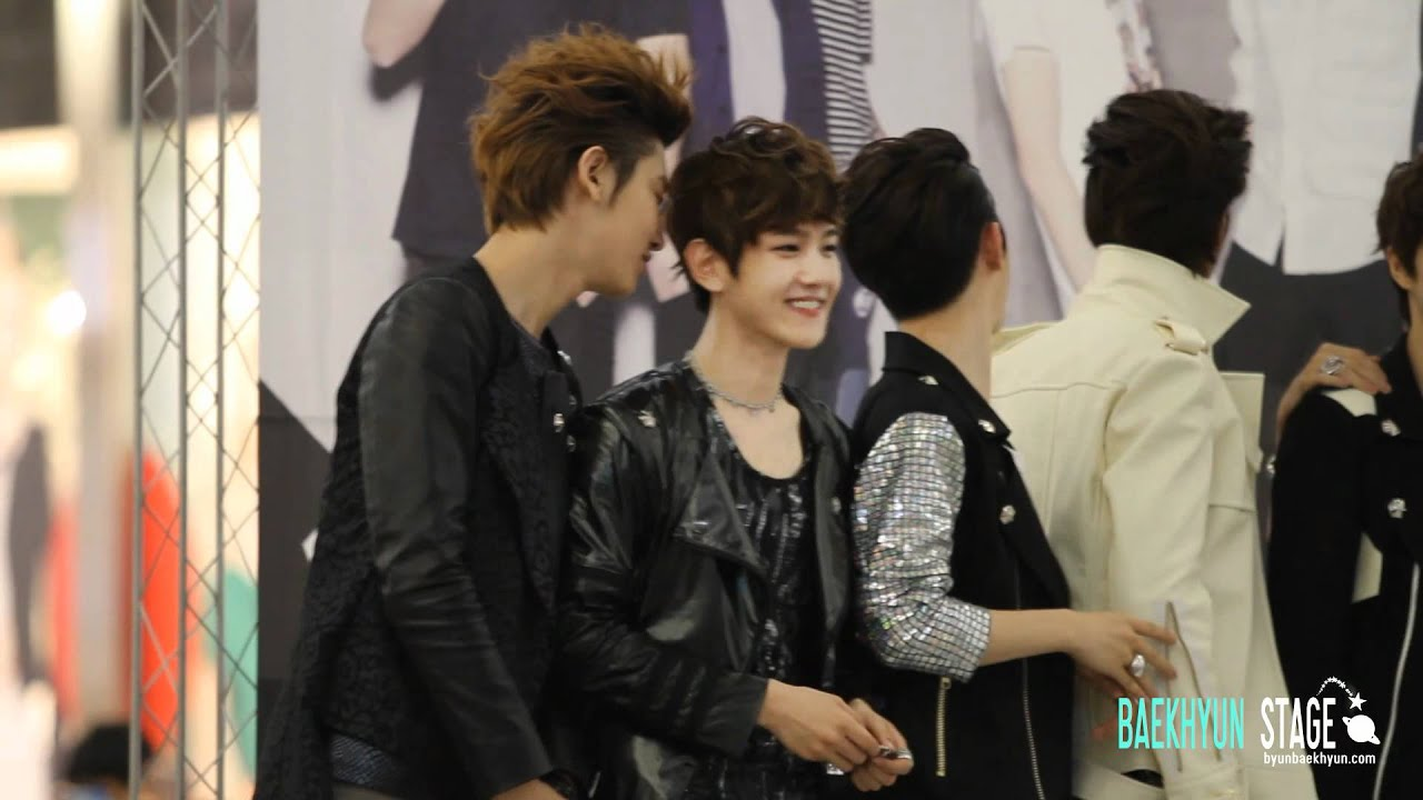hd fancam 120525 exo fansigning event chanbaek moment