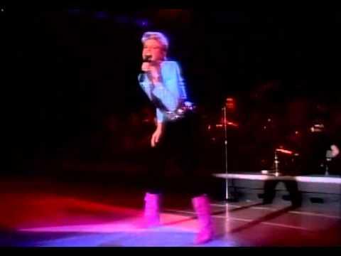 Olivia Newton-John - Make A Move On Me (live)