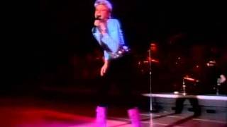 Olivia Newton-John - Make A Move On Me (live)