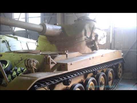 Бронетанковый музей в Кубинке - французская техника