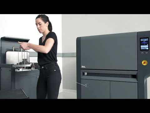 Come funziona la stampante 3D Desktop Metal Studio System