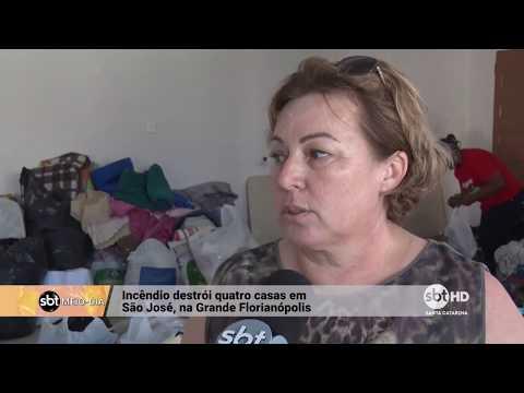 Incêndio destrói quatro casas em São José, na Grande Florianópolis