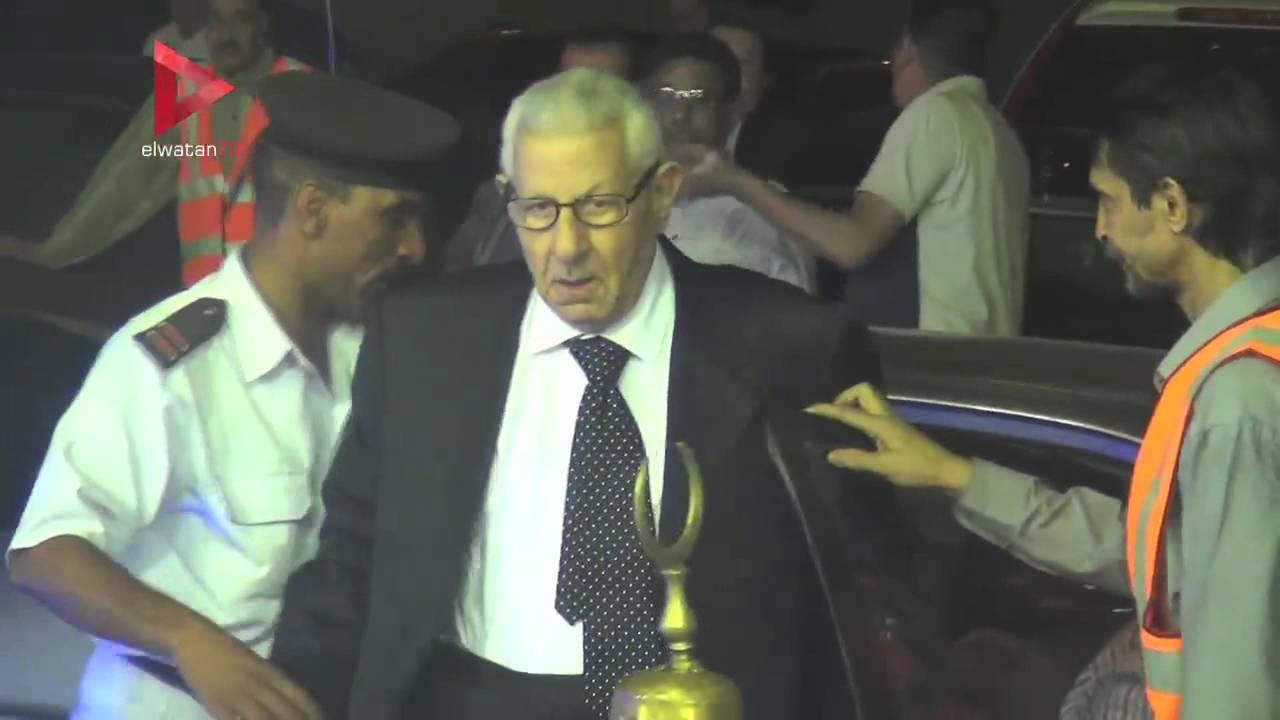 الوطن المصرية: المسلماني وعصام شرف والديب ويسرا في عزاء ممدوح البلتاجي