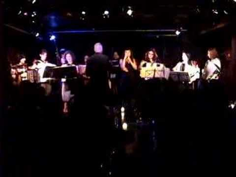 the Main Squeeze Orchestra Llive!