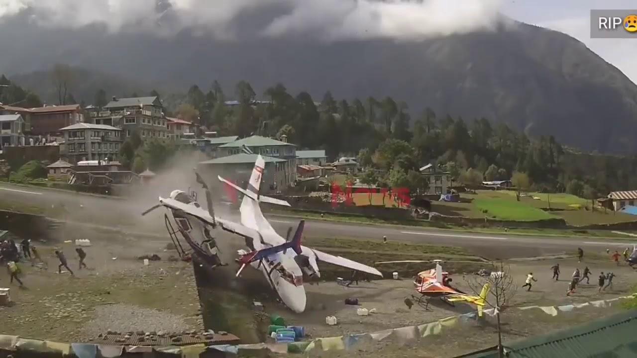 Kecelakaan pesawat vs helicopter crashed Nepal - YouTube