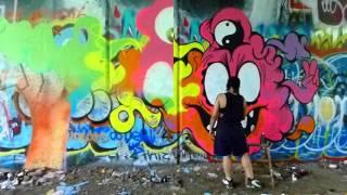 Gambar cover Graffitigirl8391 Presents : We Come In Peace