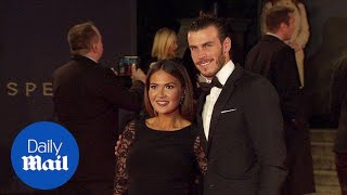 Gareth Bale cuddles up to Emma Rhys-Jones at premiere in 2015 - Daily Mail