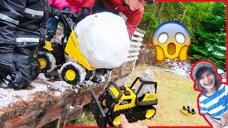 Toy Truck CRUSHED by GiANT SNOWBALL! | Tonka Steel Buldozer Toy Truck Review