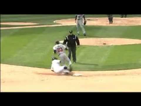 2008 White Sox: Juan Uribe upends Brendan Harris to break up double play, run scores (5.08.08)