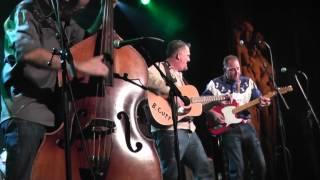 Repeat youtube video High Noon (USA) rockabilly trio / Virgin Oil / Helsinki 1.11.2014