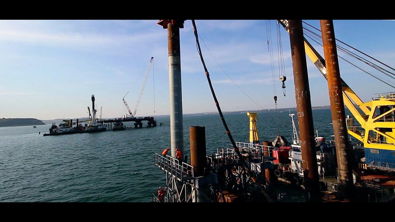 «Я забиваю сваю» - песня строителя Крымского моста