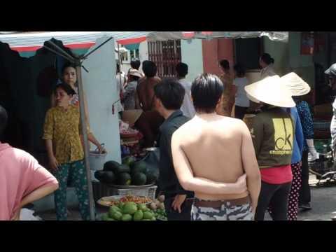 Cuộc ẩu đả tại chợ Bình Tri Đông p1.MP4