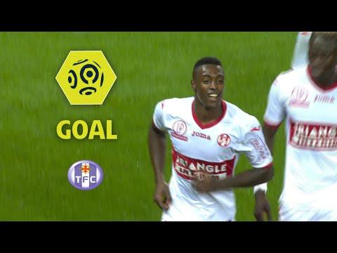 Goal Wergiton SOMALIA (40') / EA Guingamp - Toulouse FC (1-1) / 2017-18