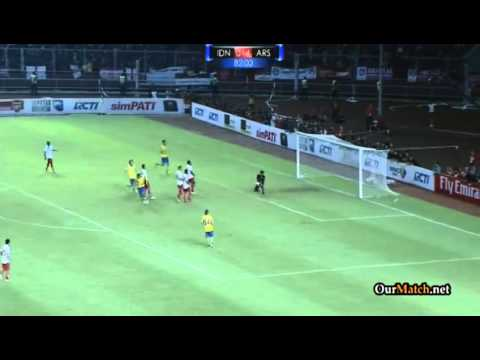 Indonesia All Stars XI 0-7 Arsenal (All Goals and Highlights) 14.07.2013