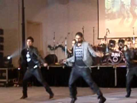 Conecte-R canta la gala de excelenta a romilor