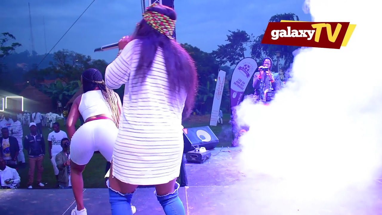 Download Minayo at all white party
