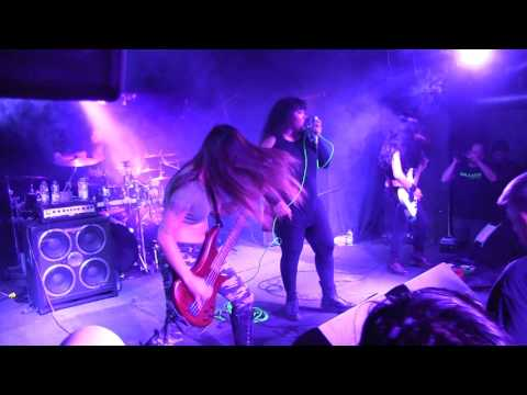 "COWGIRLS FROM HELL ""Strength Beyond Strength"" live @ Piranha Bar, Montreal. 29/06/2017"