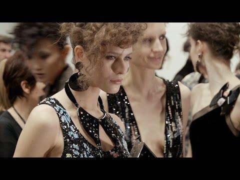 Giorgio Armani – 2016 Fall Winter – Women's Fashion Show Backstage