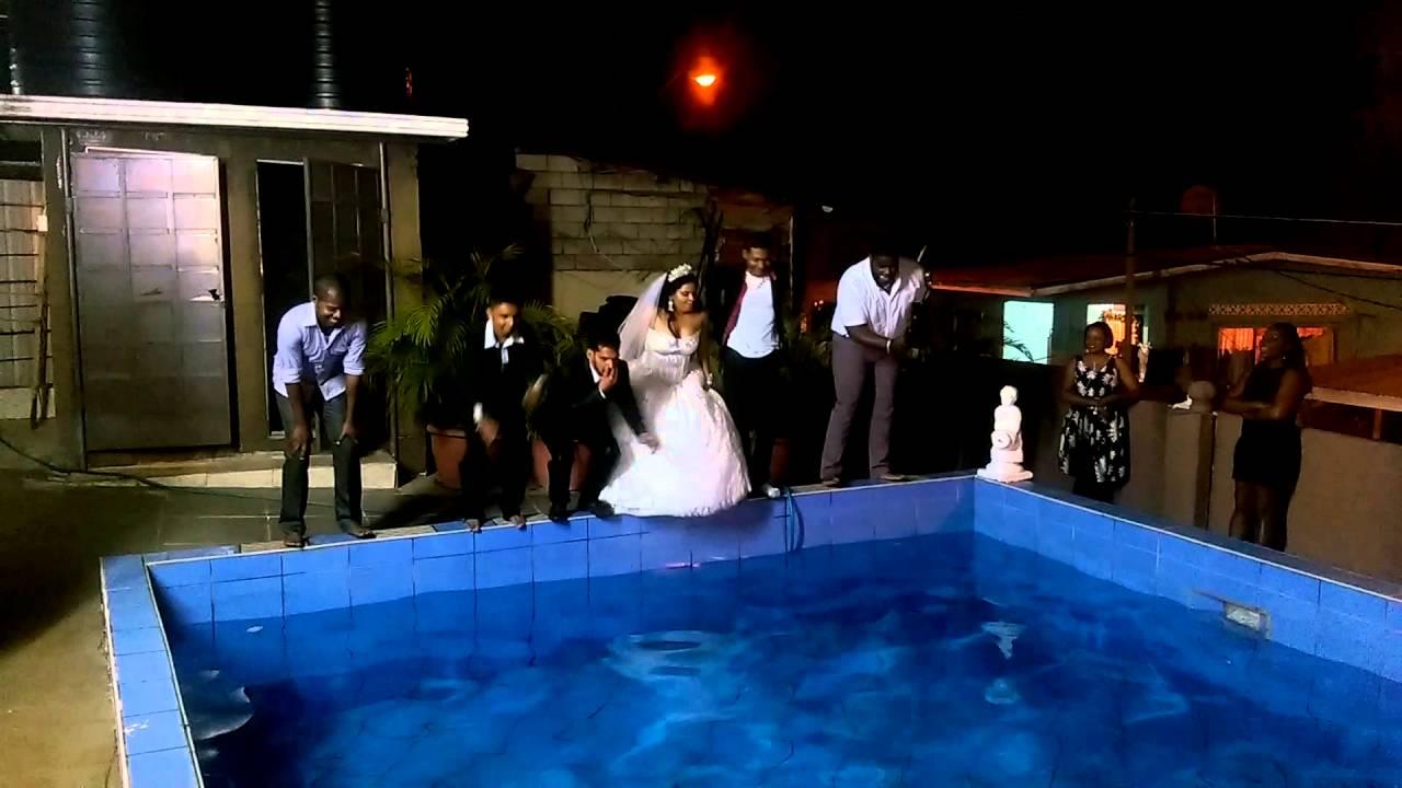 Wedding pool dive youtube - Porno dive gratis ...
