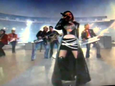 bowl malfunction Shania twain super wardrobe