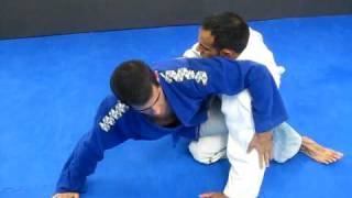 MUST Watch! high percentage bjj  triangle choke set up performed by Gracie bjj black belt