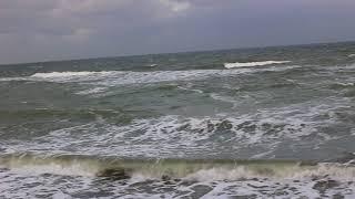 Море в Одессе уже волнуется. Январь 2018